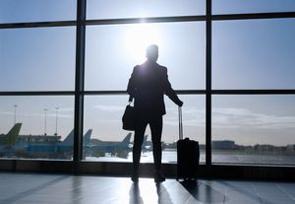 海外に留学する中国人は非常に多く、2019年には70万人あまりが海外に留学したという。一方で、「海亀」と呼ばれる帰国組も増えているようだ。留学を修了後、86%が帰国したとの報道もある。(イメージ写真提供:123RF)