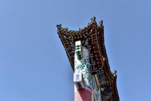 中国のポータルサイトに、鴨緑江を挟んで北朝鮮と向かい合う国境の街・遼寧省丹東市にある有名な公園が、かつて現地に建てられていた神社の鳥居を現在もなお「有効活用」しているとする記事が掲載された。(イメージ写真提供:123RF)