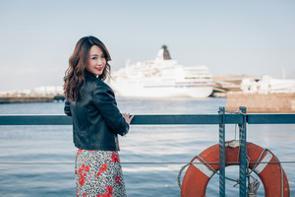 台湾のシンガーソングライターのジョアンナ・ウォン(王若琳)、元南拳媽媽のメインボーカリストのララ・ヴァロニン(梁心頤)、シンガーソングライターのビッキー(Vicky)が台湾でライブとファンミーティングを行いました。(写真は、筆者であるアンジー・リーさん)