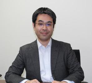 株式投資型クラウドファンディング(ECF)のプラットフォーム「GEMSEE」を運営するSBI CapitalBaseは、第1号案件の募集を今月開始し、本格的な営業を開始した。同社代表取締役社長の紫牟田慶輝氏(写真)は、「社会的課題の解決に取り組む志ある確かな事業者と投資家を結びつけるベンチャーエコシステムの輪を広げていきたい」と語っている。