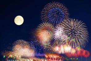 中国のポータルサイトに「中国で発明された花火が、どうして日本で『花火大会』文化ができるまで大きく発展したのか」とする記事が掲載された。(イメージ写真提供:123RF)