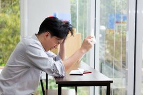 中国は日本より物価は安いが、メンツや結婚生活のために必須とされる「家と車」が非常に高額のため、ローン返済の負担が非常に大きいと言われる。では日本はどうなのだろうか。(イメージ写真提供:123RF)