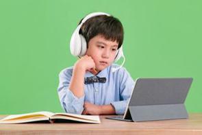 子どもの教育は世界中の親にとって最も関心のあることの1つと言えるが、教育方針は国や文化によって大きな違いがある。中国メディアはこのほど、日本と中国の教育方針の違いについて4つ紹介する記事を掲載した。(イメージ写真提供:123RF)