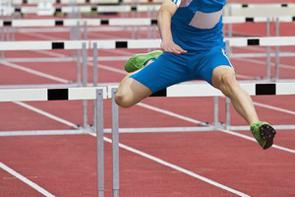 中国のポータルサイトに、日本で行われた陸上競技大会の男子110メートルハードルで、中国のスーパースター劉翔が残したアジア記録に迫るタイムが生まれたことを報じた。(イメージ写真提供:123RF)